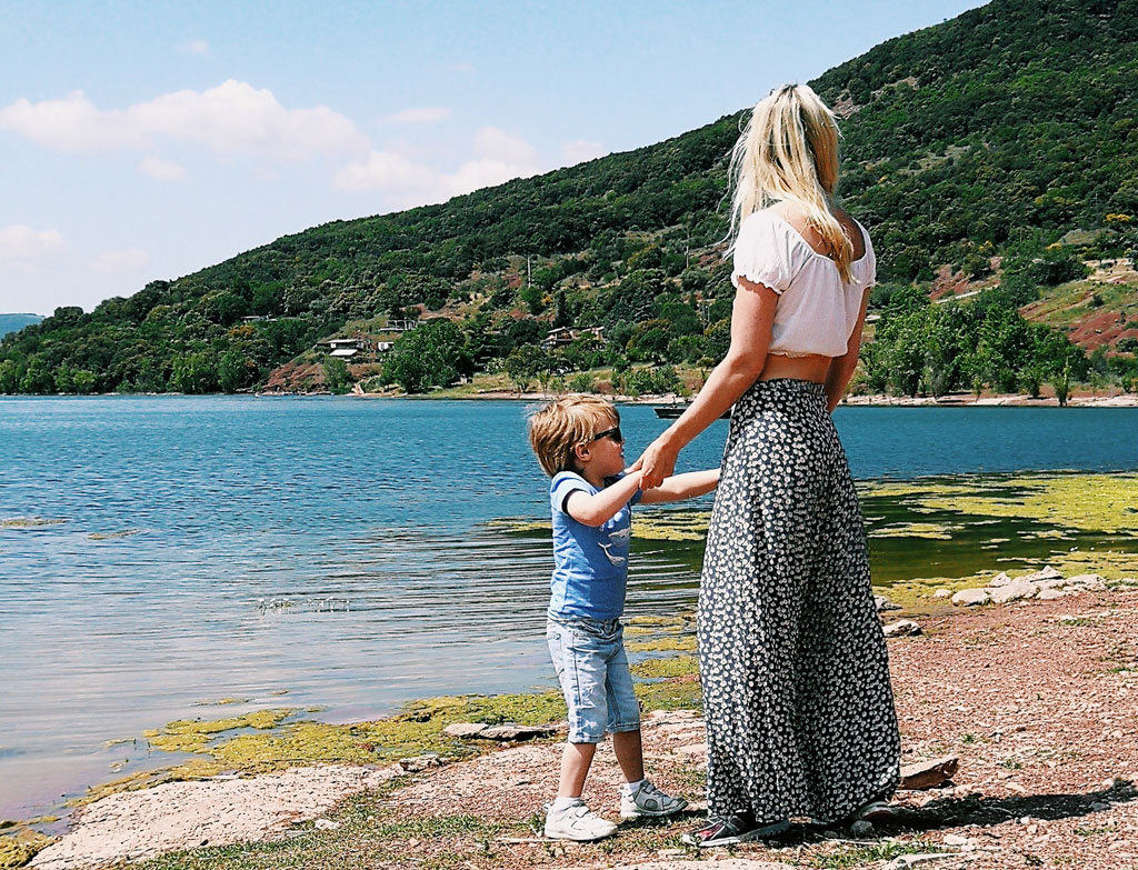 The Mother Edit Single Parent Summer Holidays